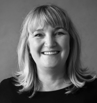 Suzanne Hind