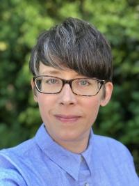Julianne Robertson